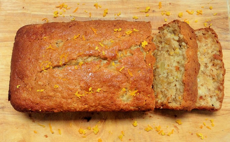 Vegan Orange & Apple Madiera Cake by The Mindful Vegan Kitchen #veganbakeoffchallenge